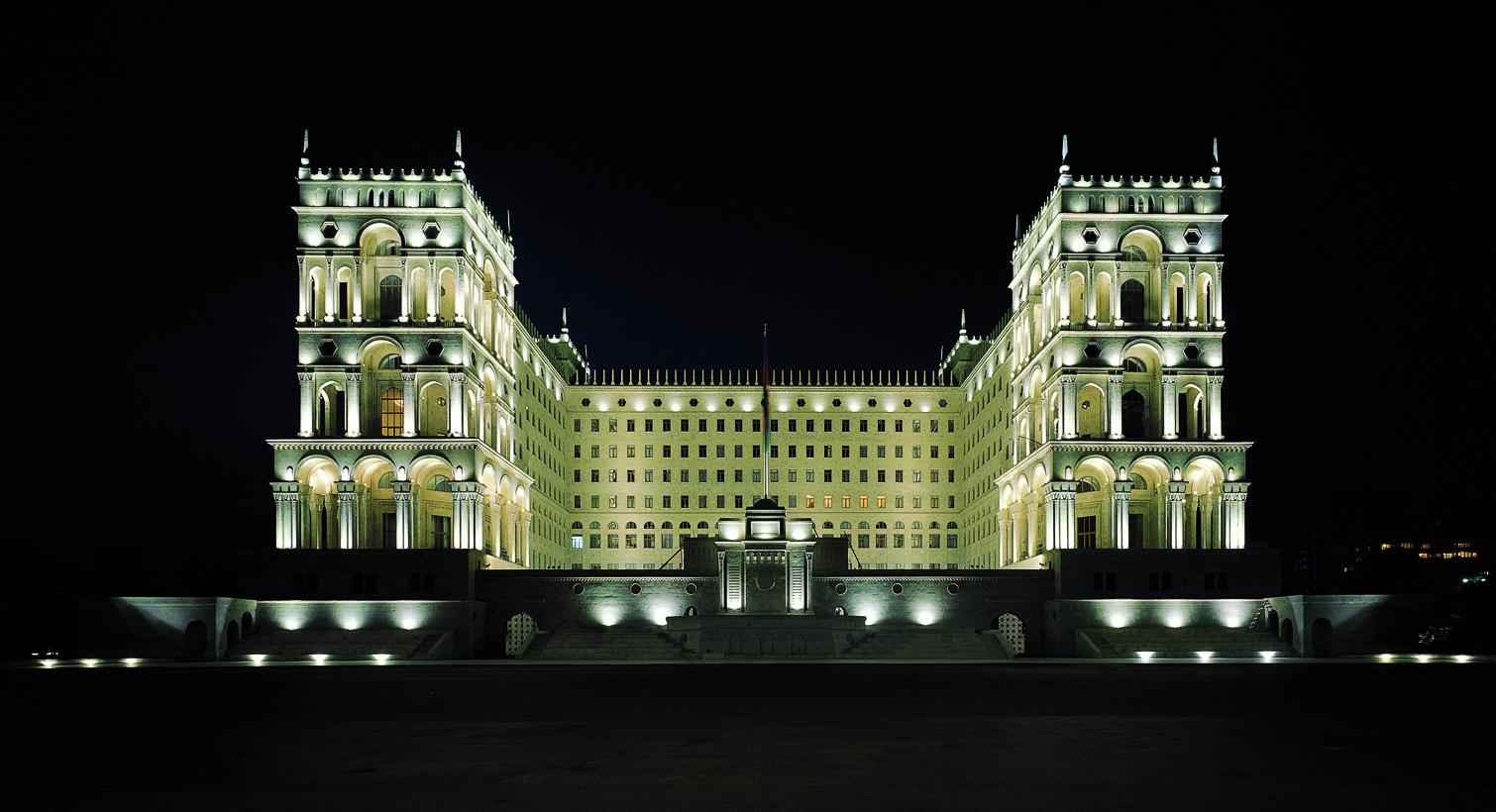 Правильный выбор архитектурной и декоративной подсветки.